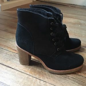 UGG Size 10 Boot